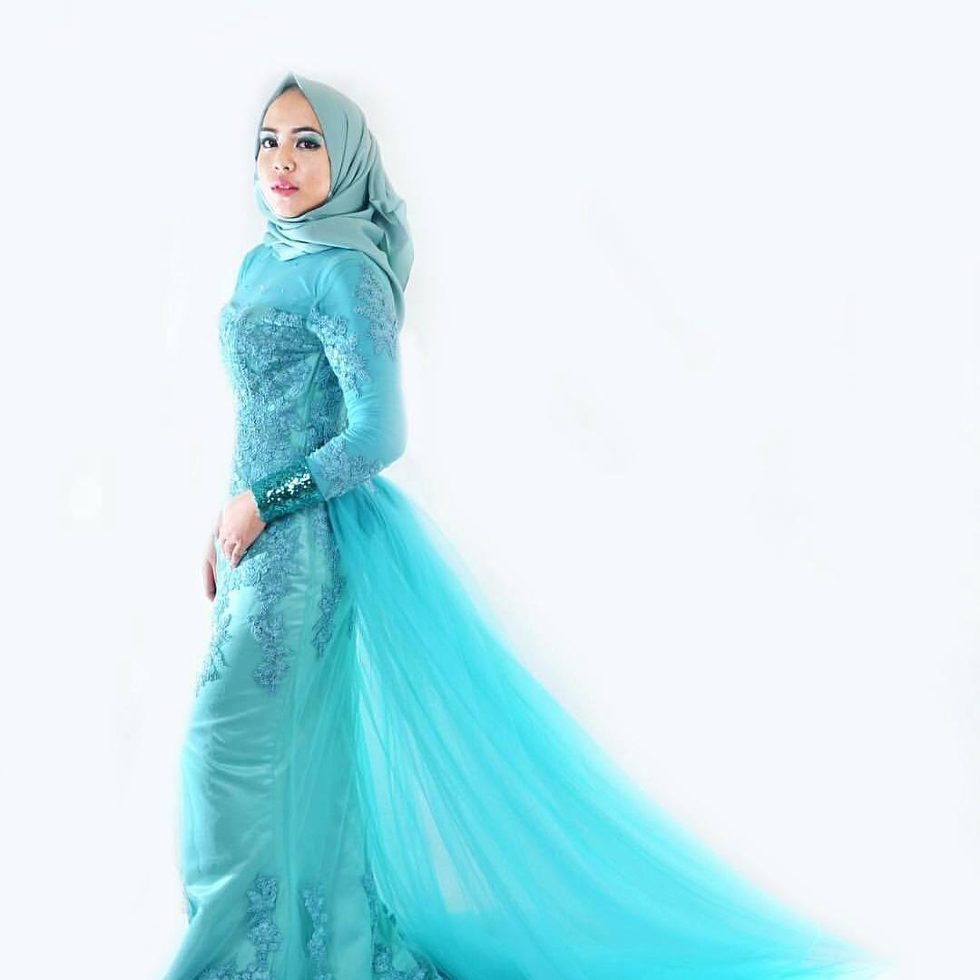Kebaya Modern Warna Biru Dans Media