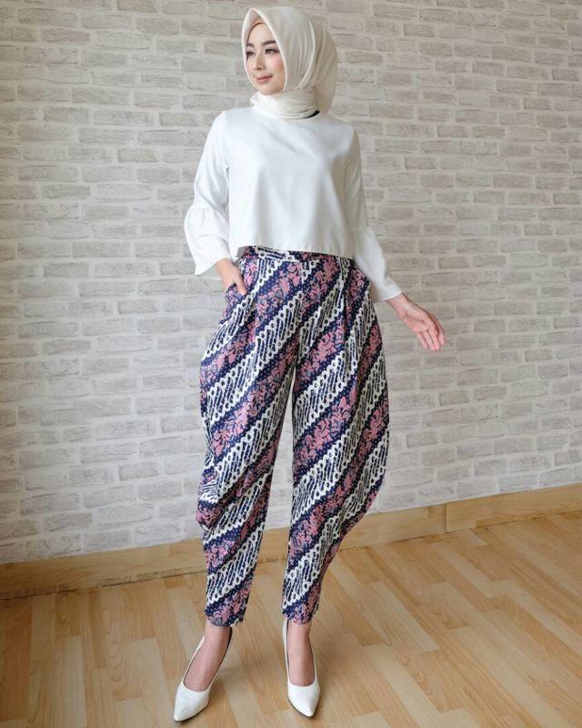 Celaja batik model aladin.