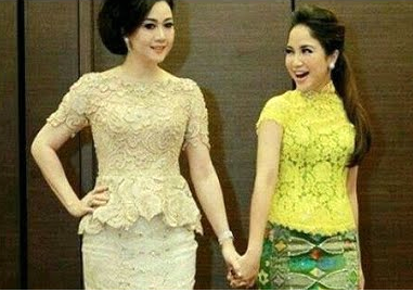 Model Kebaya Modern Brokat Kombinasi 2 Dans Media