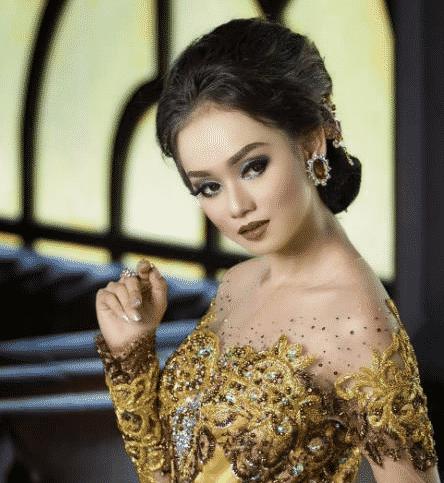 20 Model Kebaya Modern Mewah Simple Hijab Untuk Pesta Pernikahan