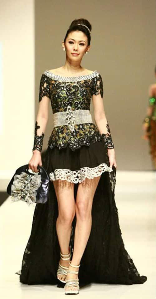 Fashion kebaya modern terbaru rok pendek