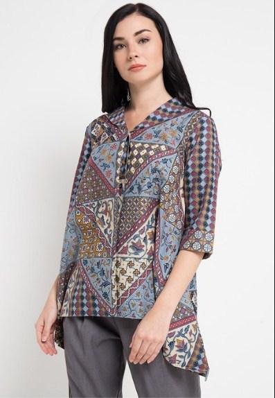 Baju Batik Lengan Pendek Perpaduan Motif Kotak kasual bisa dipakai harian